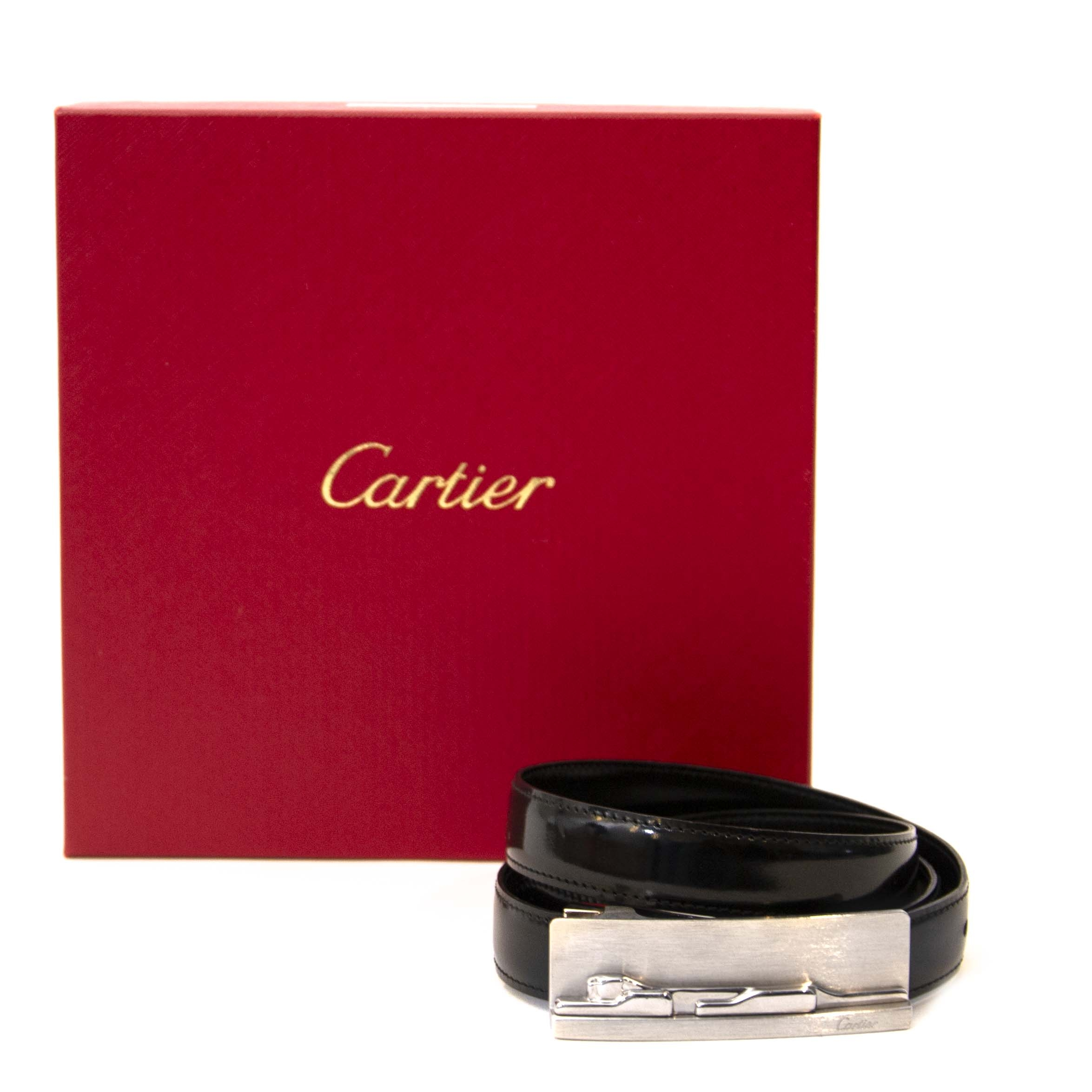 Cartier Black Patent Leather Belt - Size 90. Buy this authentic second hand vintage Céline Black Belt Golden Details at online webshop LabelLOV. Safe and secure shopping. Koop deze authentieke Céline Black Belt Golden Details bij online webshop LabelLOV.