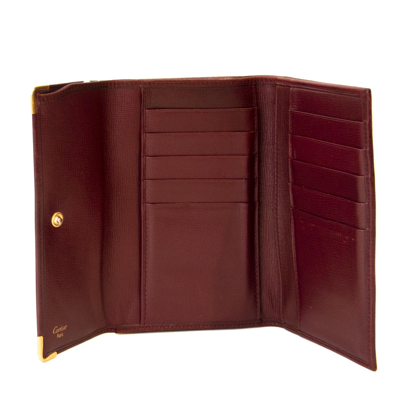 Koop een authentieke Cartier portefeuille aan de juiste prijs bij LabelLOV vintage webshop.