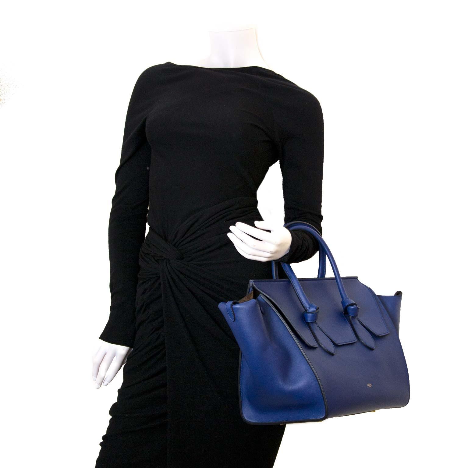 988382e5f8 Koop authentieke tweedehands Celine Buy authentic secondhand Celine bag at  Labellov. Safe online shopping. Koop authentieke tweedehands Celine