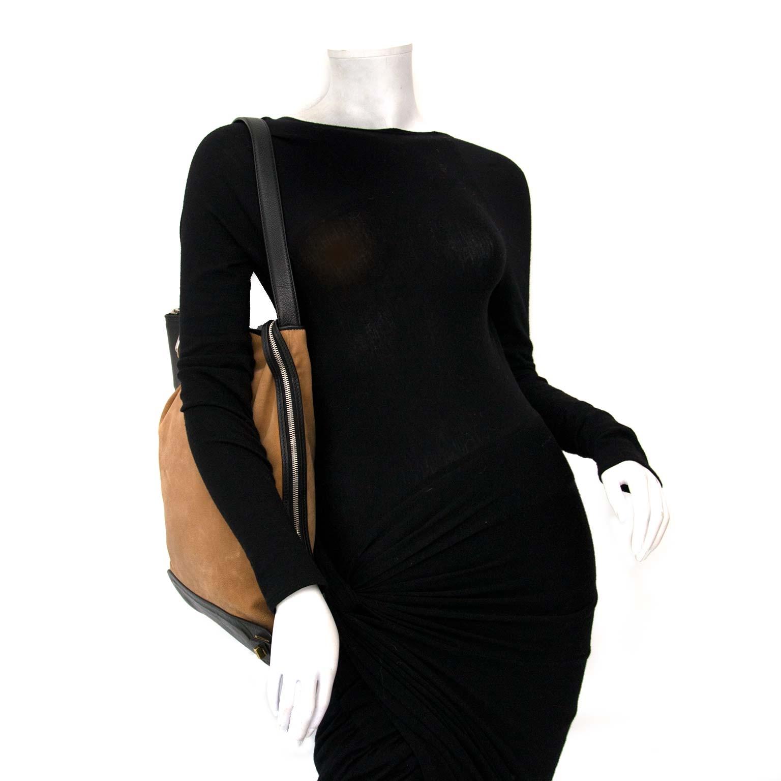 shop safe online your secondhand Celine Brown Cabas Black Bottom Shoulder Bag