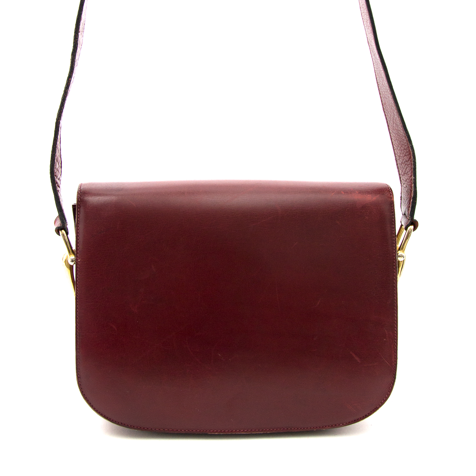 Shop authentic Celine Burgundy Shoulder Bag at the right price at Labellov.com