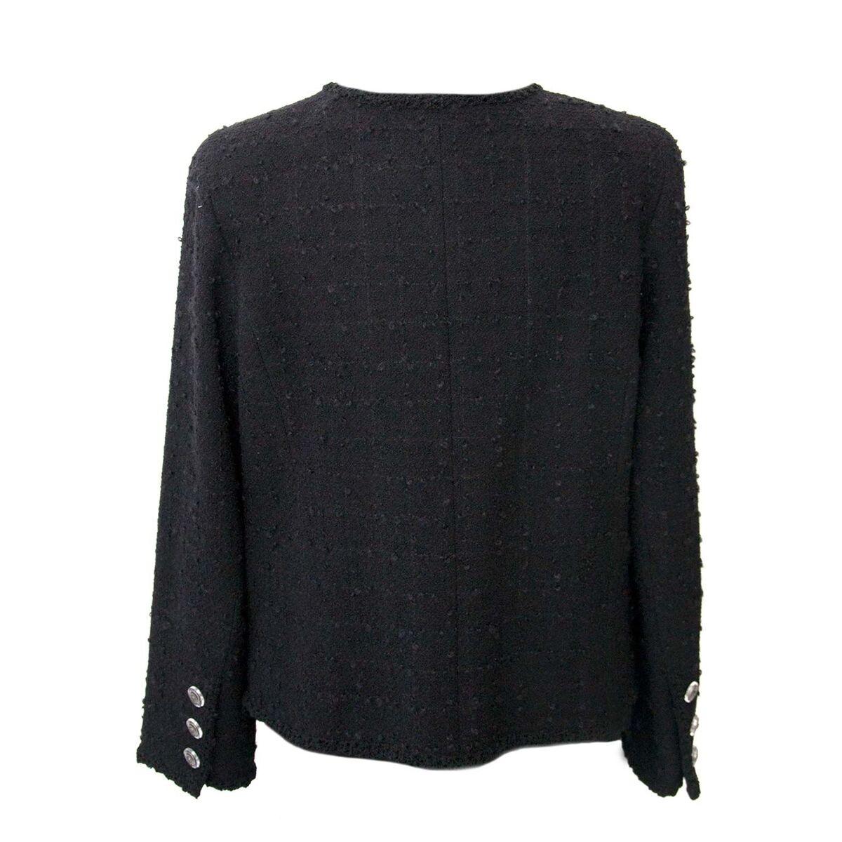 Koop authentieke tweedehands Chanel blazer aan een eerlijke prijs bij LabelLOV. Veilig online shoppen.