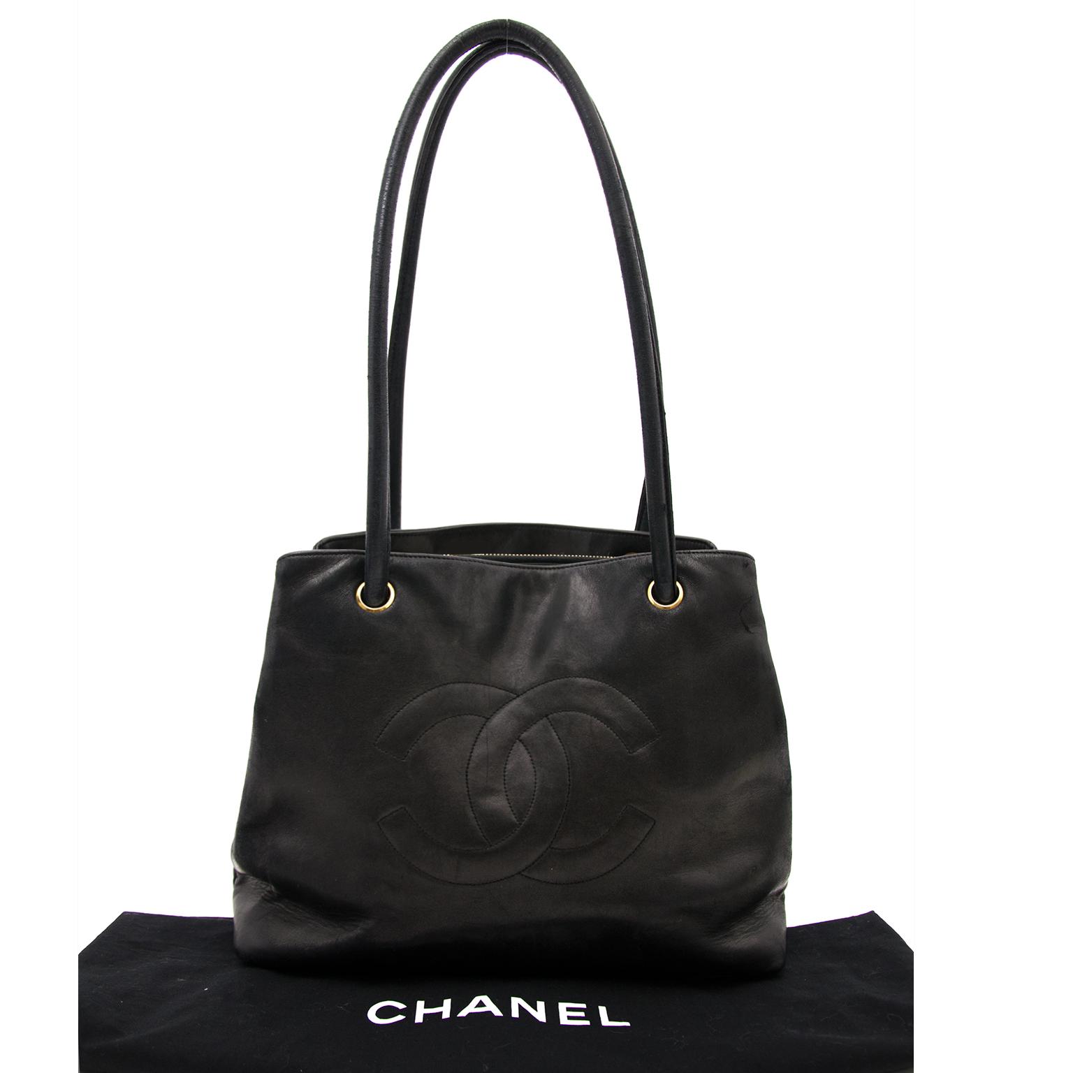 Koop uw authentieke Chanel Black Leather Shopper aan de beste prijs