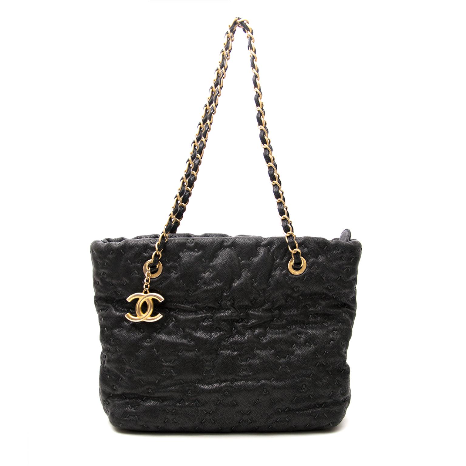 Acheter secur en ligne votre Chanel cuir noir sac a mains pour le meilleur prix