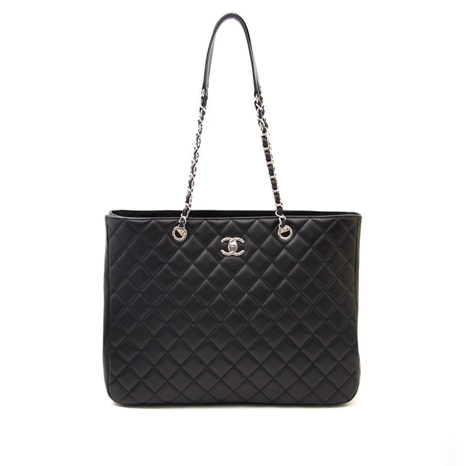 acheter en ligne seconde main Chanel Calfskin Shopper Tote 35cm PHW