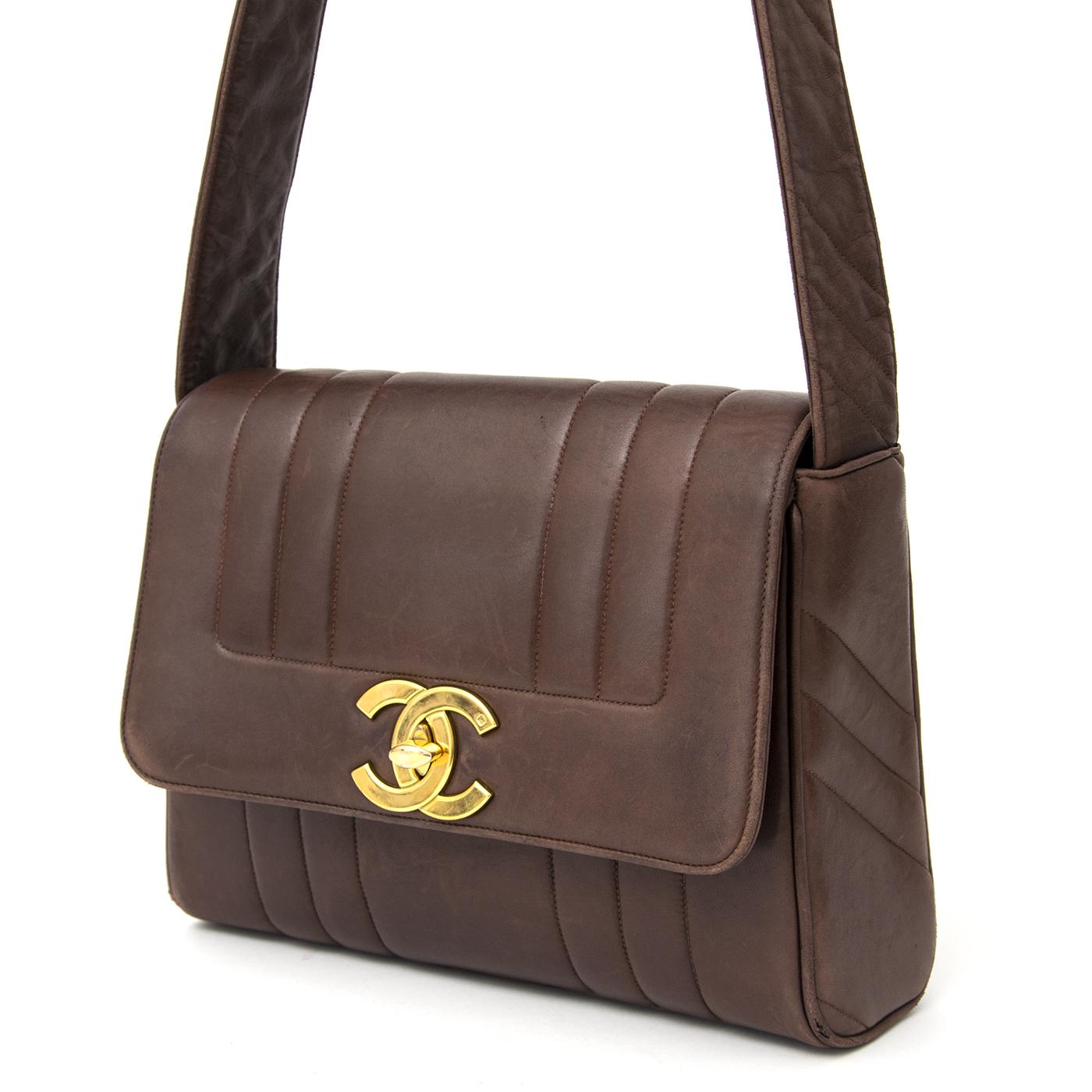 ... koop veilig online aan de beste prijs Chanel Bag Brown online webshop  labellov.com 49deca08955a