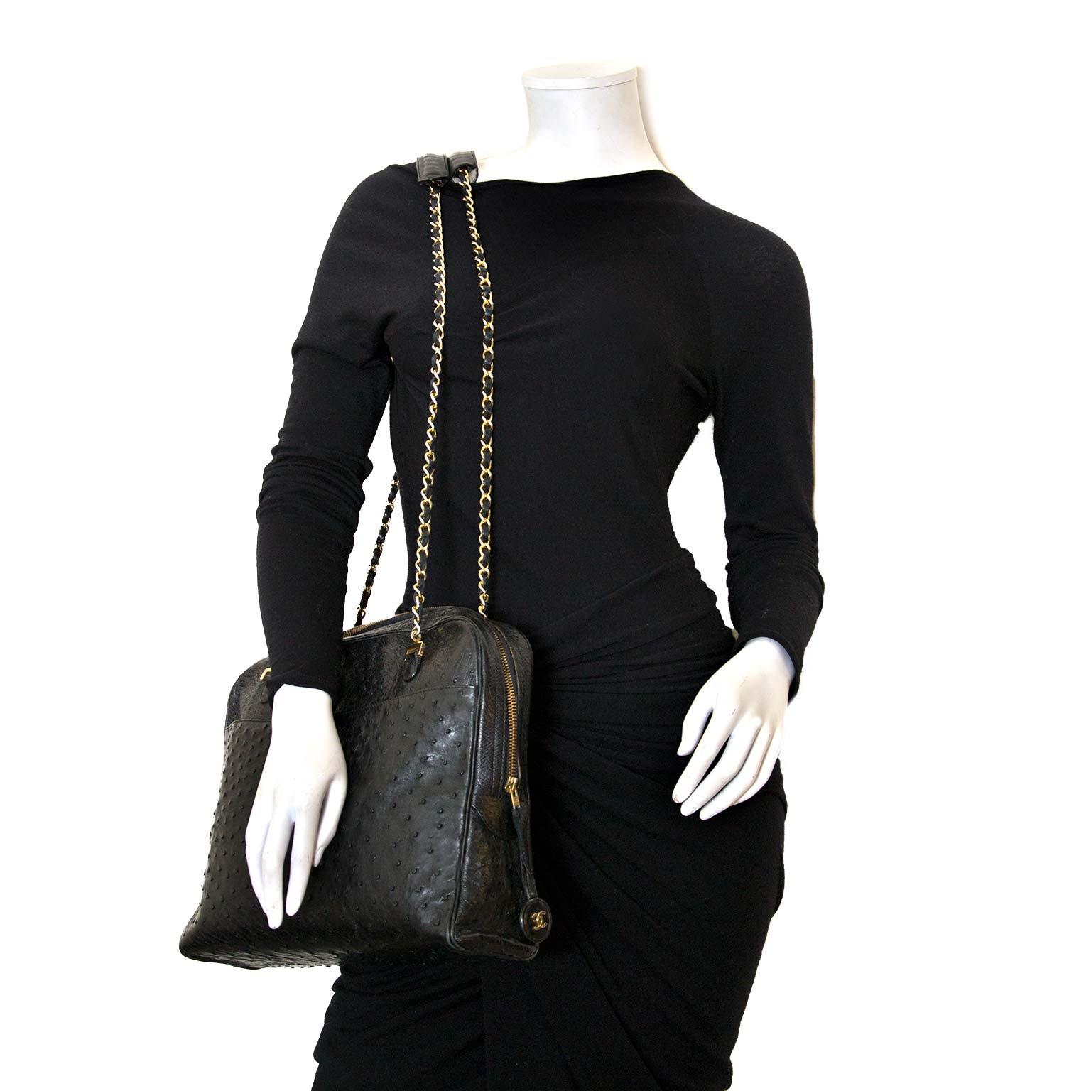 Koop authentieke Chanel struisvogel tas bij labellov vintage mode webshop belgië antwerpen
