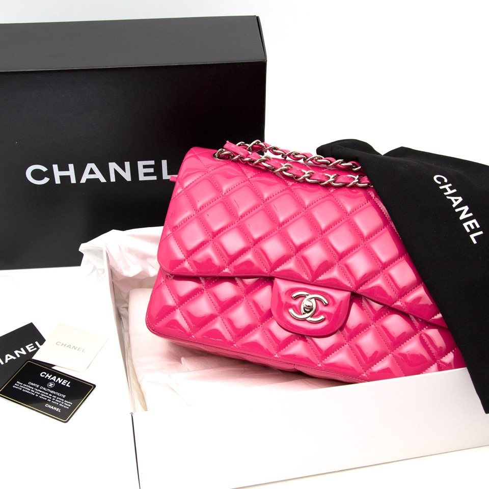 searching for the perfect christmas gift ? shop your designer Brand New Chanel Jumbo Classic Flap Bag Patent Candy Pink