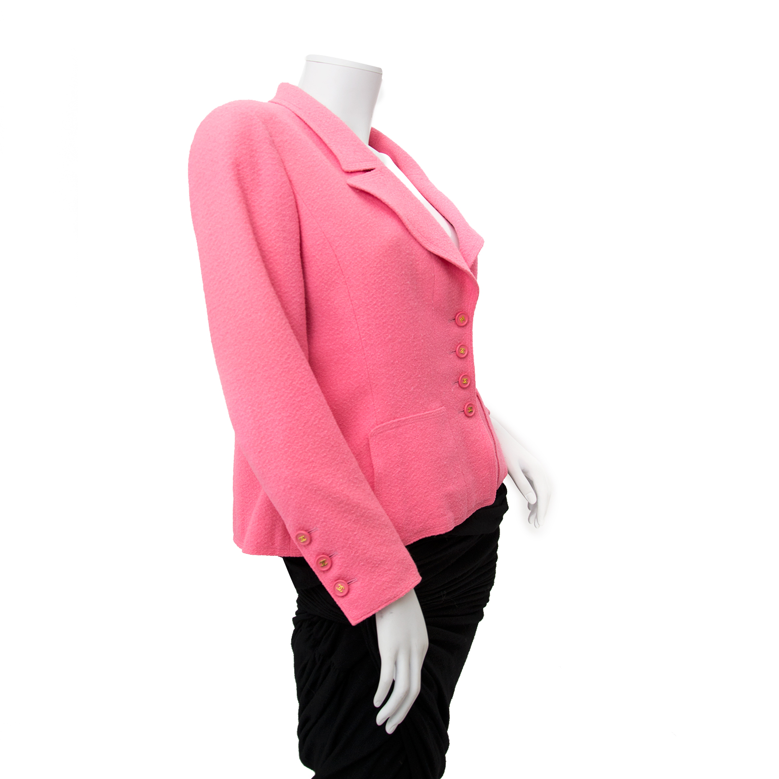 chanel pink blazer now online for the best price at labellov.com