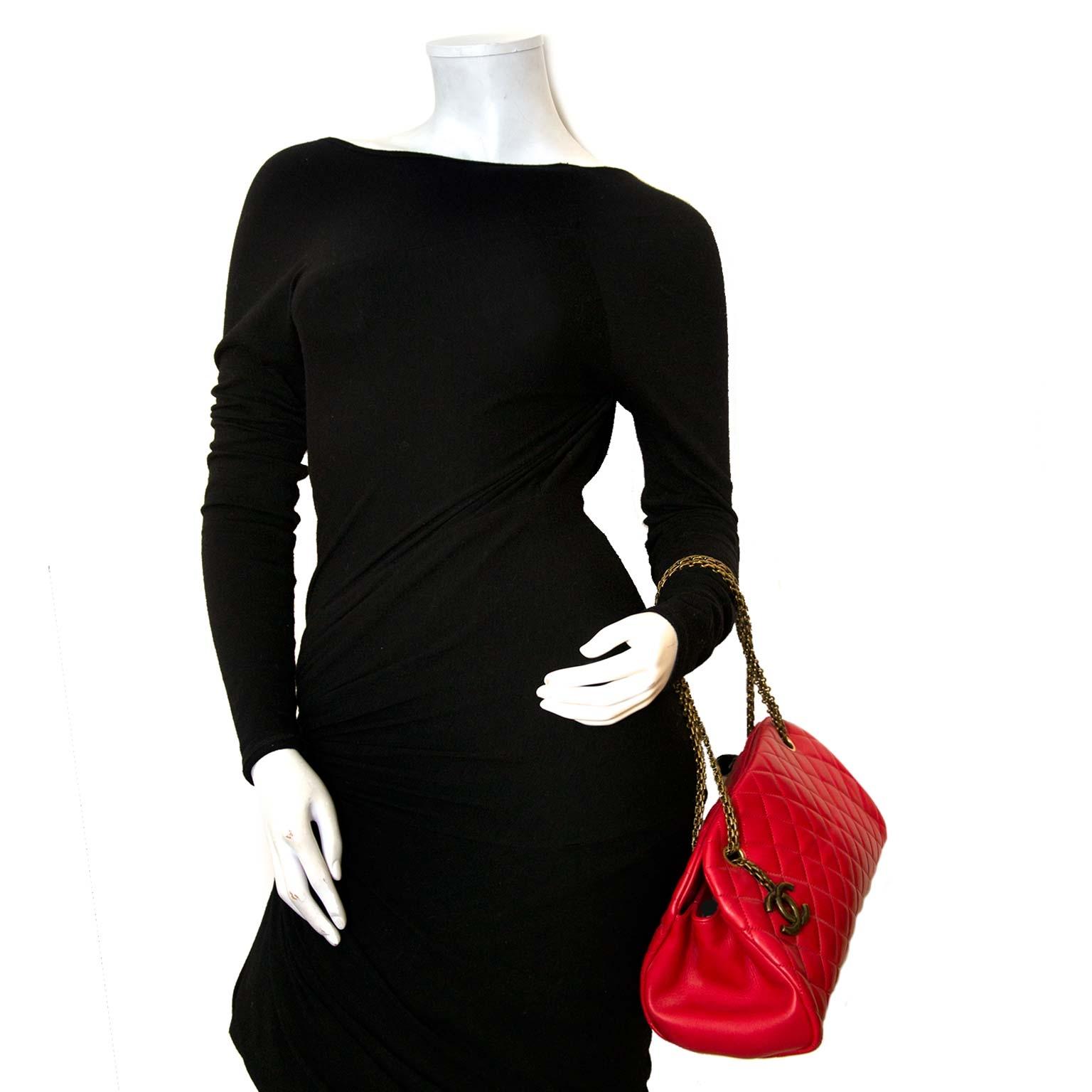 koop authentieke chanel tassen bij labellov vintage mode webshop belgië