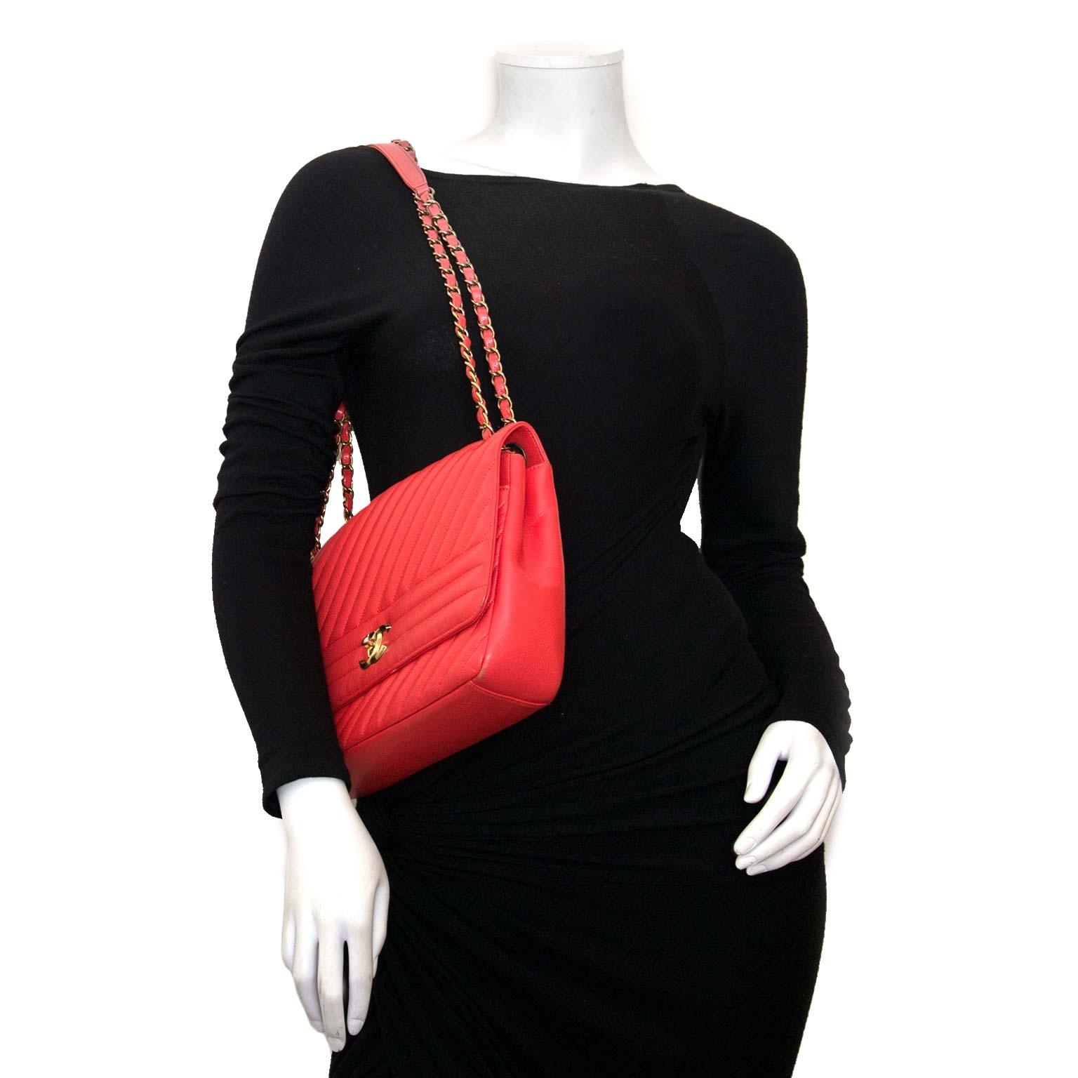79266508a9f5bd ... koop authentieke chanel rode goatskin flap bag bij labellov vintage  mode webshop