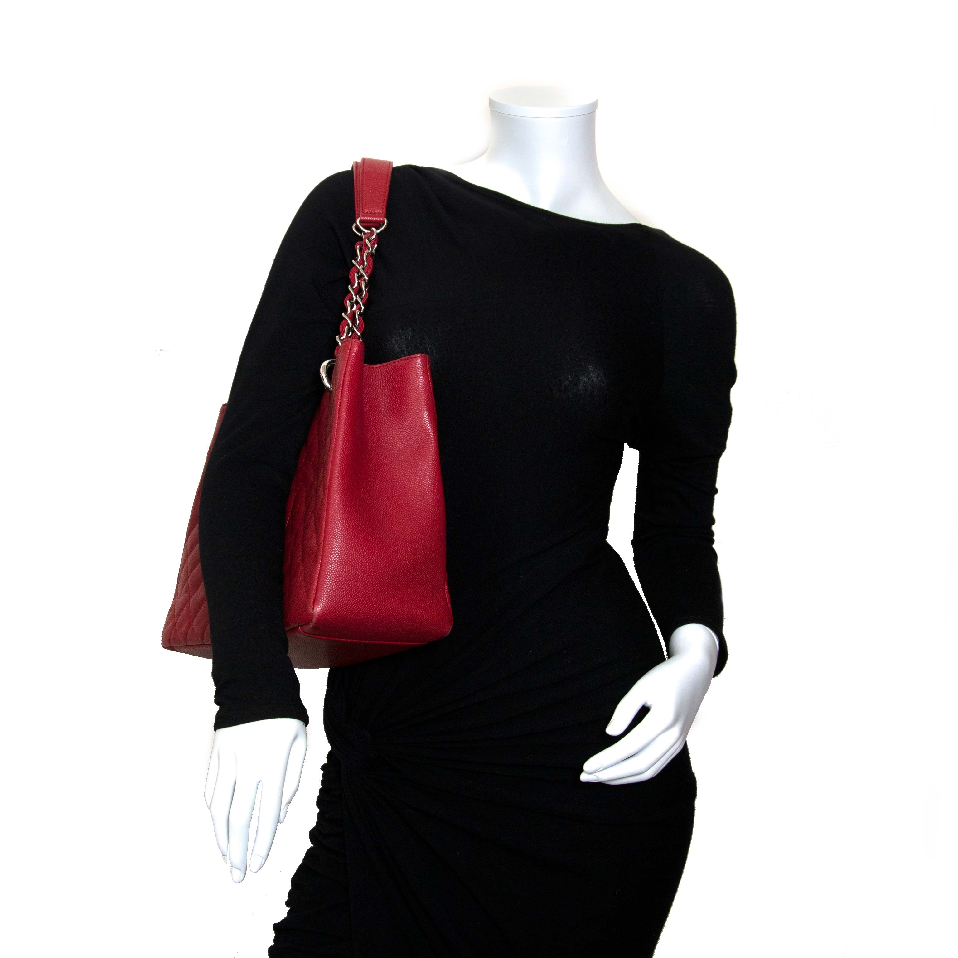 f6cea3d3e159a6 ... chanel red grand shopping tote now for sale at labellov vintage fashion  webshop belgium