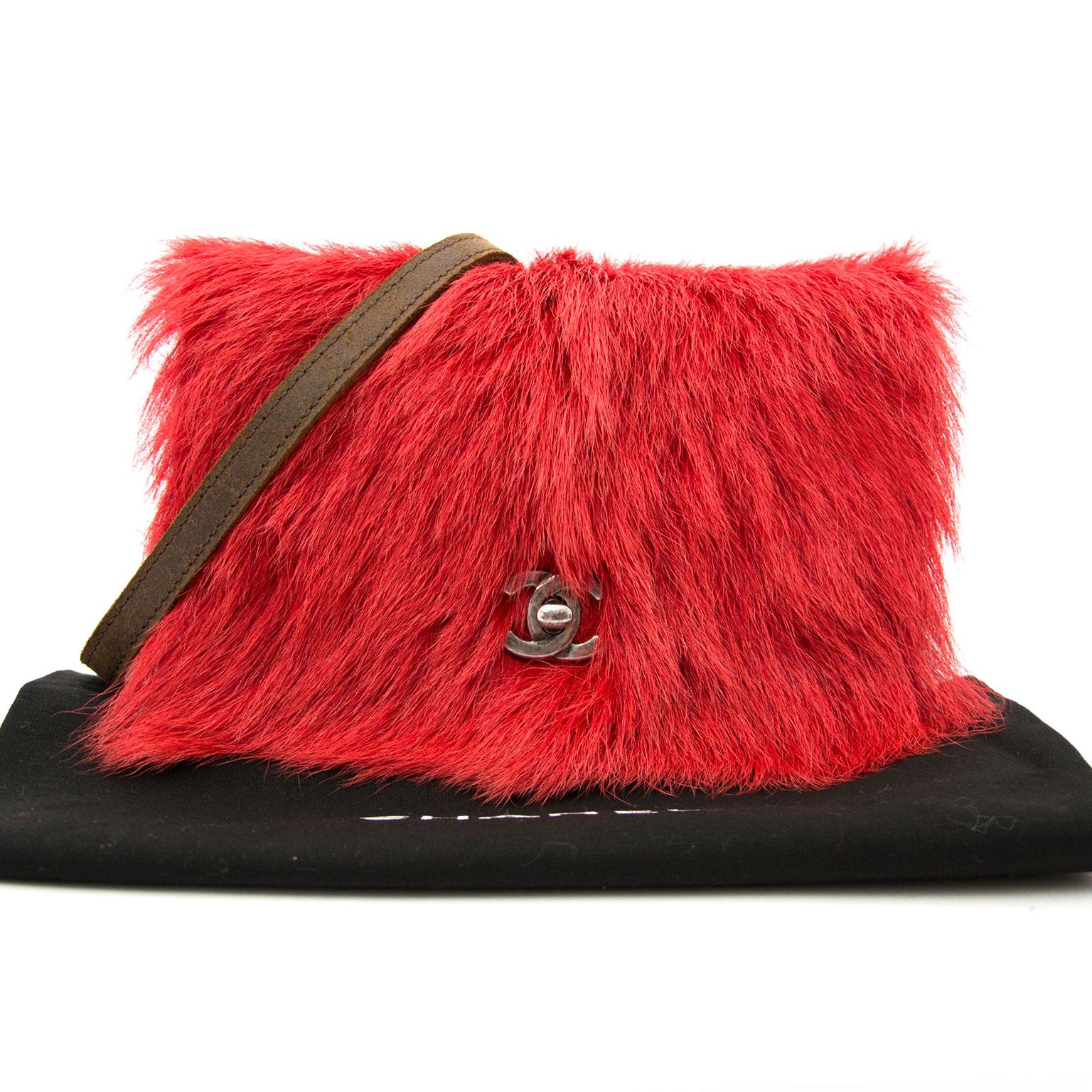 acheter en ligne limité Chanel Paris Edinburgh rouge Fur classic sac a epaule