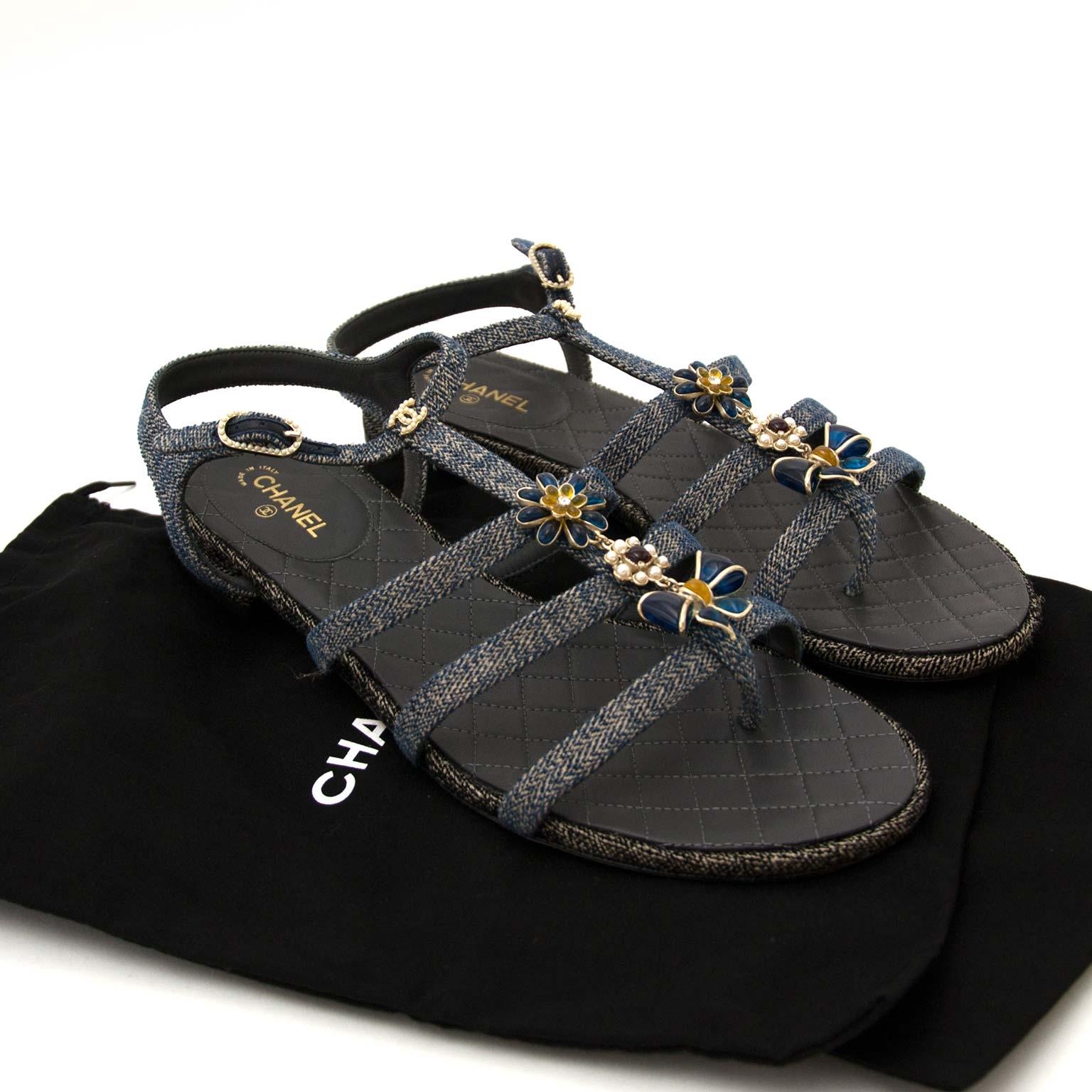 Chanel Denim Embellished Sandals - Size 41 online tegen de beste prijs