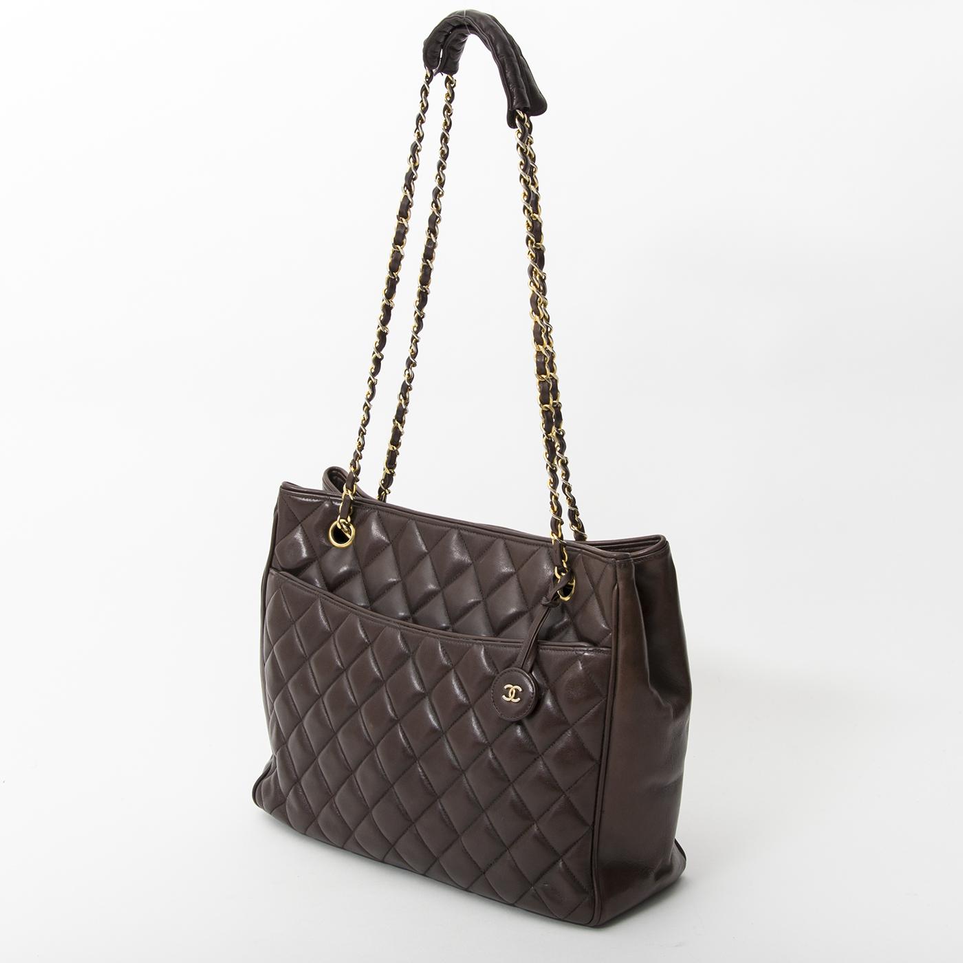 4cbe26c97f ... acheter en linge pour le meilleur prix sac a main Chanel Chocolat Brown  Quilted Lambskin Tote