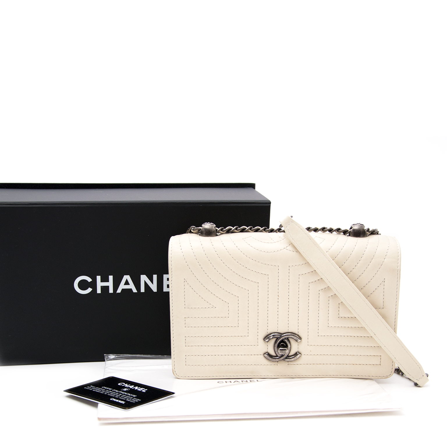Chanel White Flap Bag safe and secure online shopping