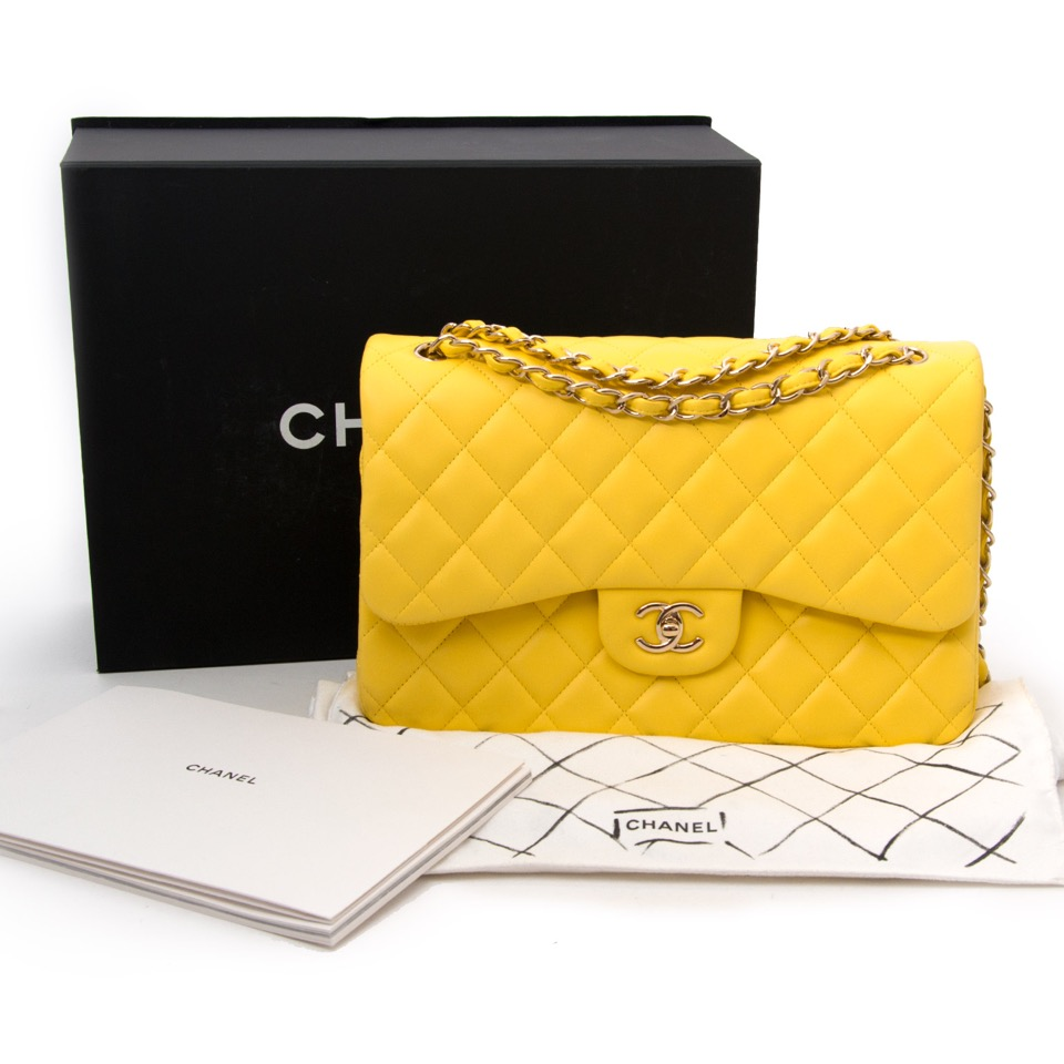 928844ca0fe36c ... online available for the best price Koop en verkoop uw Chanel Classic  Flap Bag Jumbo in Canary Yellow aan de beste prijs