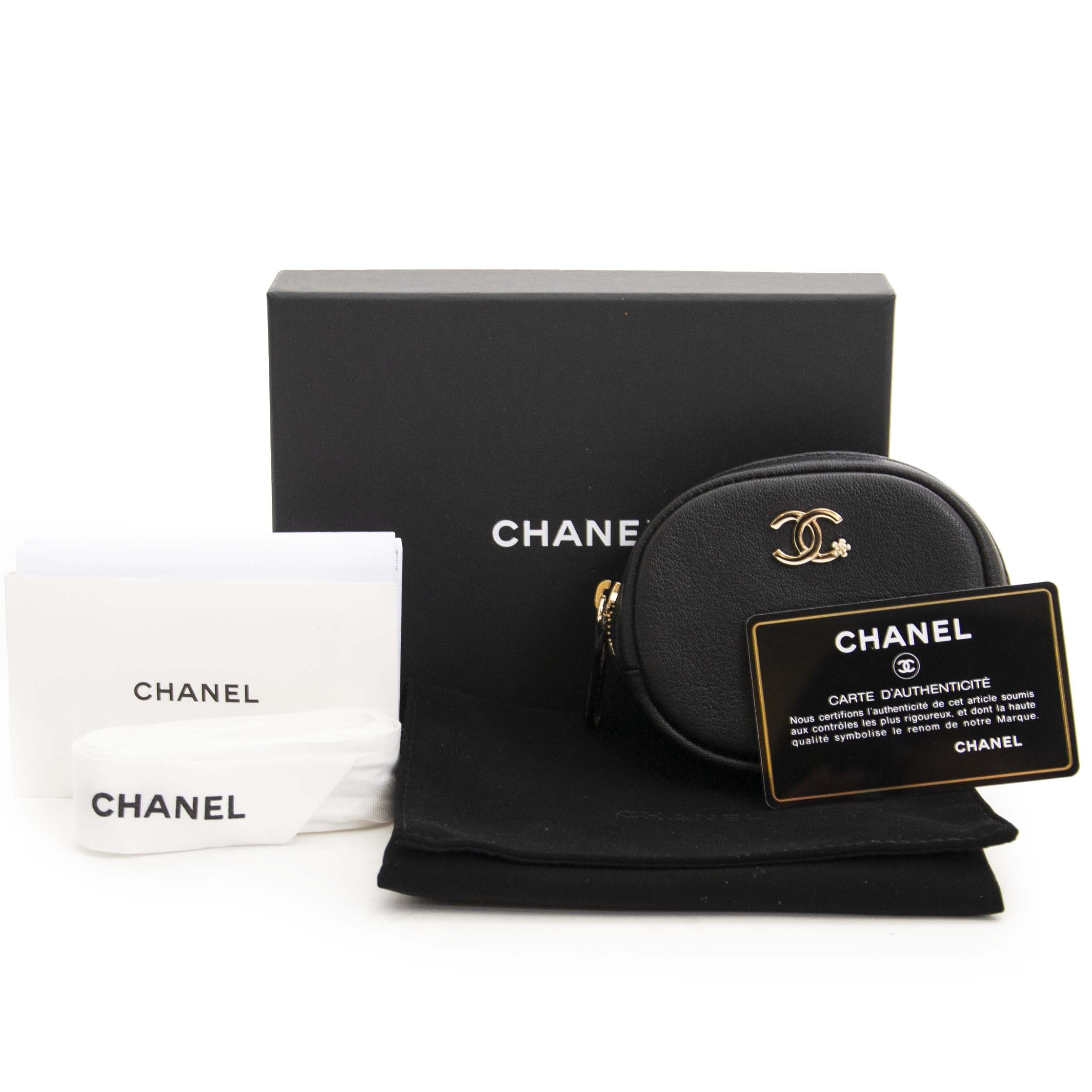 Chanel Zipped Coin Purse on sale with discount only at Labellov in Antwerp Belgium webshop