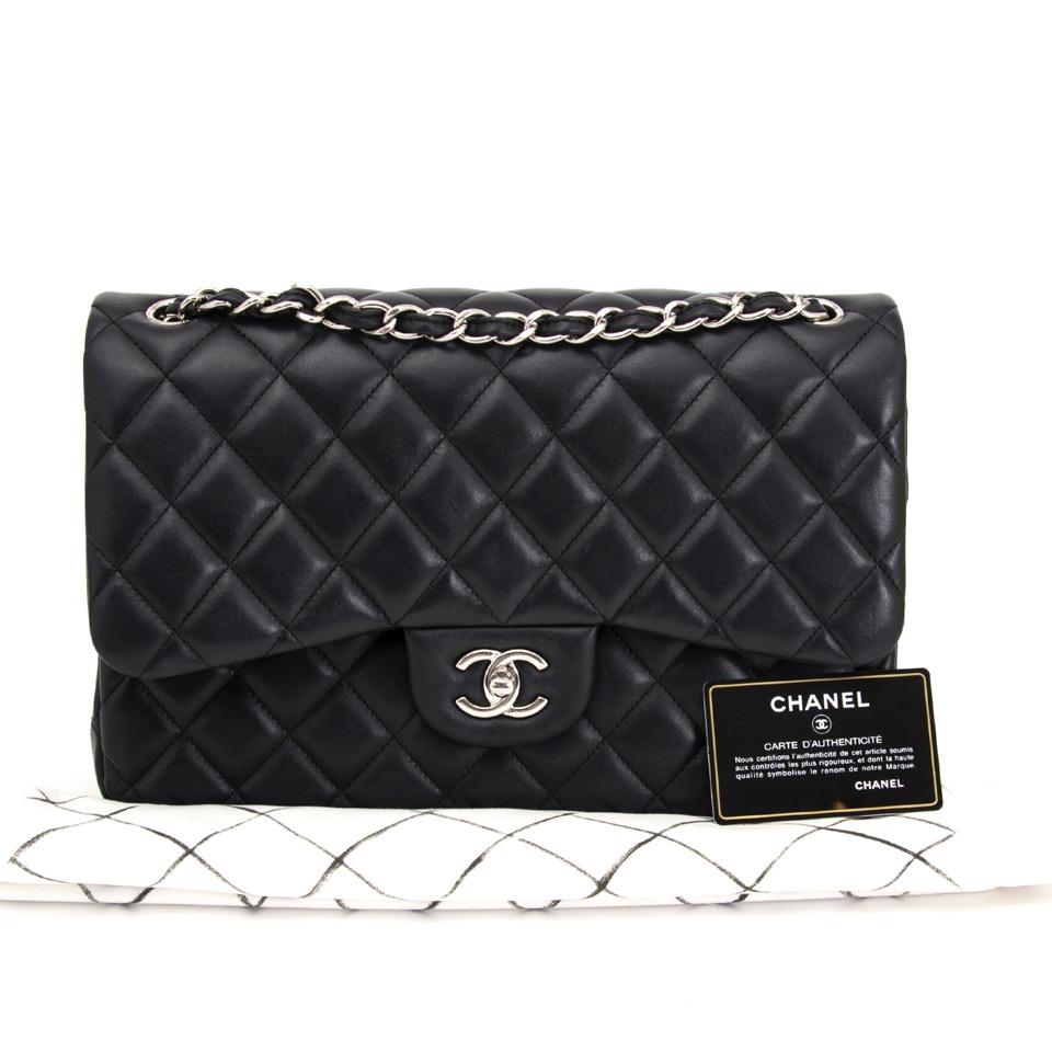 koop veilig online tegen de beste prijs jou tweedehands Chanel Black Jumbo Classic Double Flap Bag