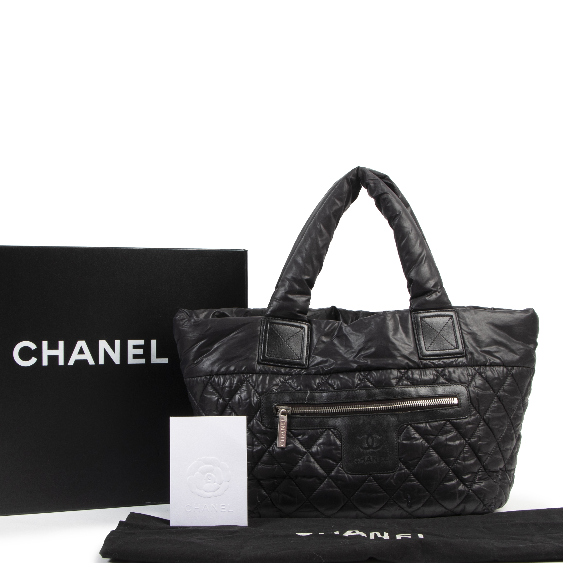 Authentic secondhand Chanel Black Quilted Cocoon Bag designer bags fashion luxury vintage webshop safe secure online shopping