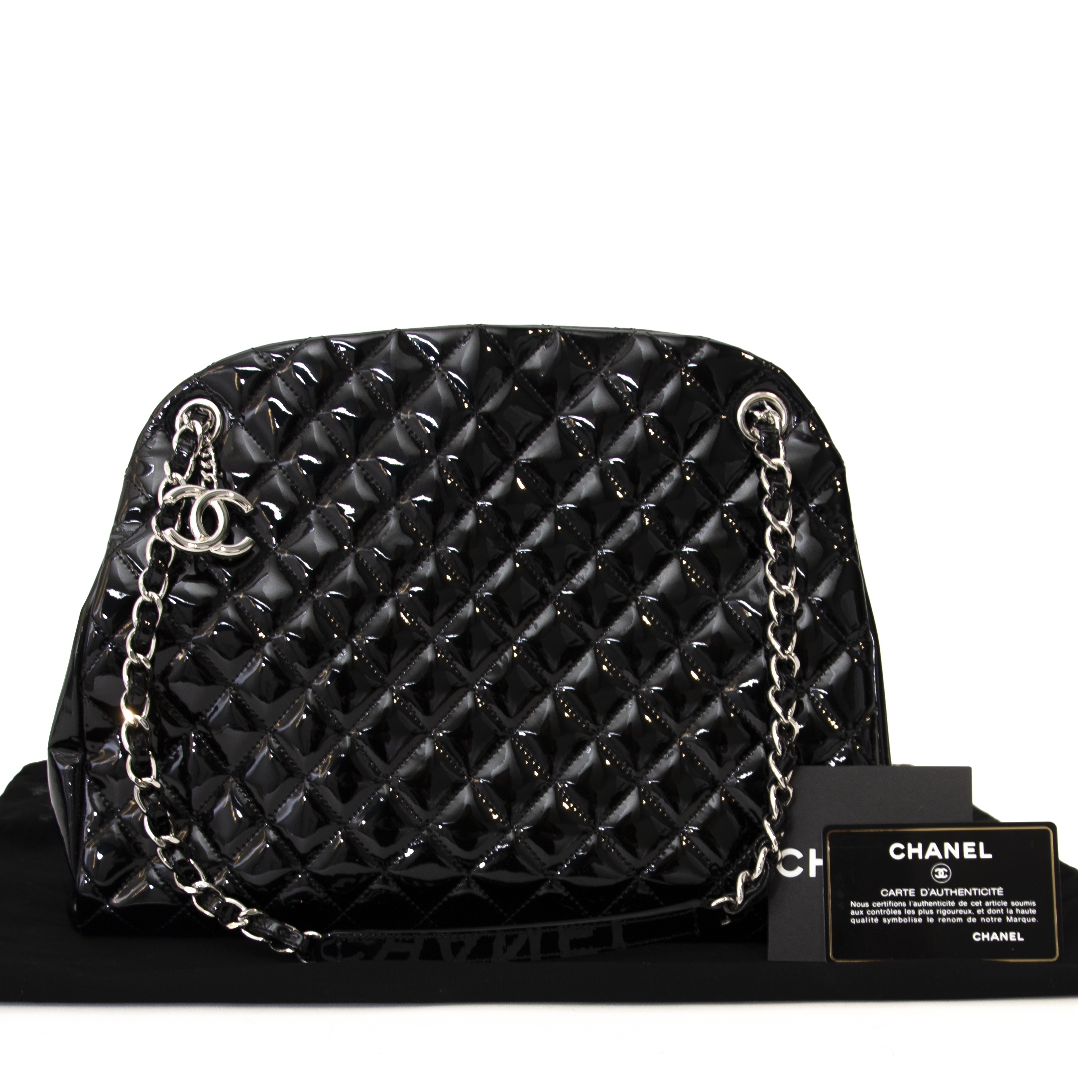 ea6efd10727a Fair Chanel Black Patent Leather Quilted Bag. Chanel tweedehands tas  authentiek bij LabelLOV. Chanel in