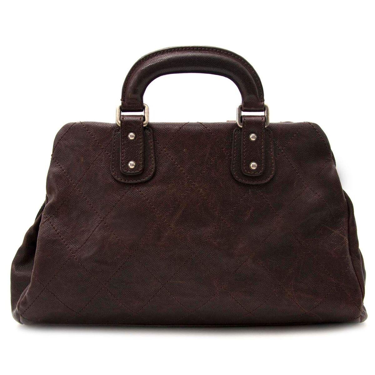 Koop authentieke tweedehands Chanel doctors bag aan een eerlijke prijs bij LabelLOV. Veilig online shoppen