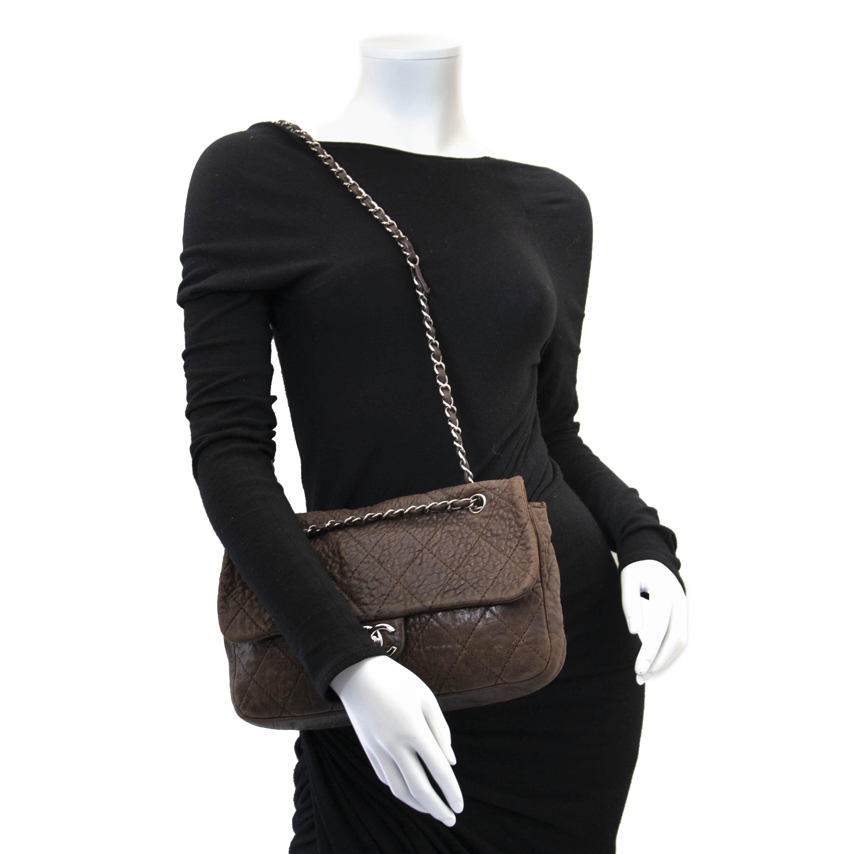 7b93d2a8906b1e Buy your authentic Chanel Brown Quilted Aged Leather Flap Bag for the best  price at Labellov Koop uw authentieke designer handtas aan de beste prijs  bij ...