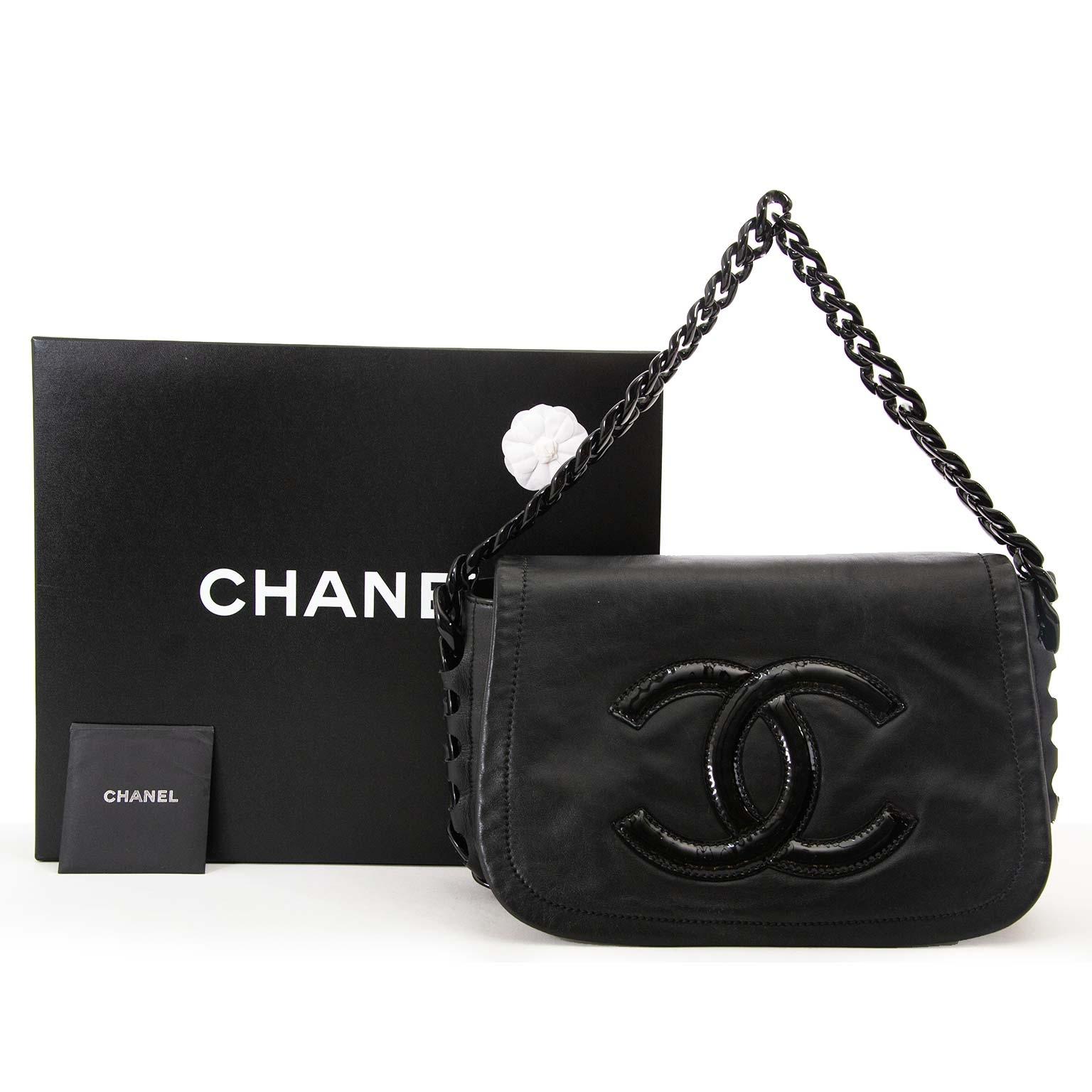 34a8bc1fdce ... sale online at Labellov secondhand luxury Koop 100% authentieke designer  handtassen van merken zoals Chanel Louis Vuitton Hermes en meer