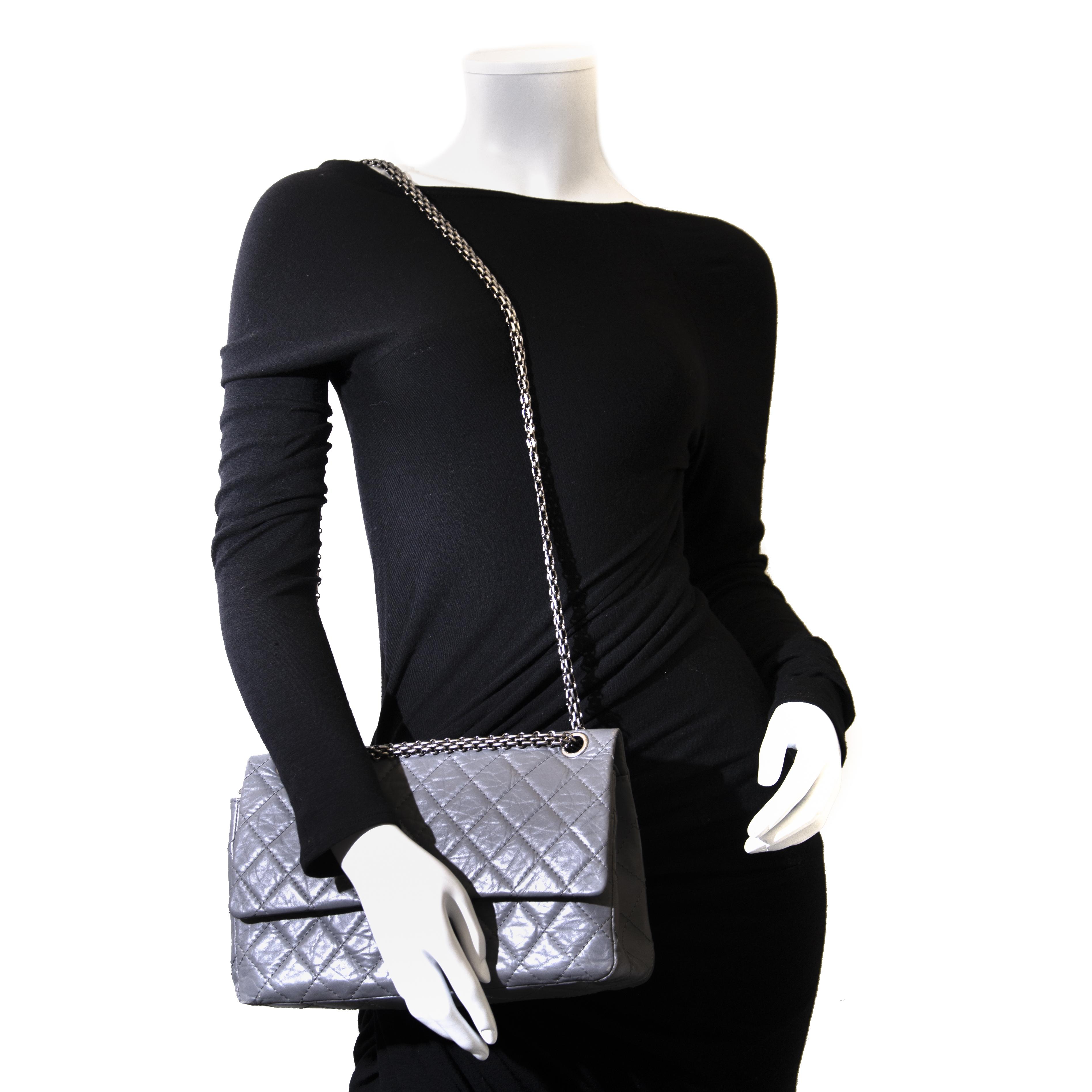 1c5b6eee4fb9 ... Flapbag acheter en ligne seconde main koop veilig online jou  tweedehands rey Aged Calfskin 2.55 Reissue 226 · Chanel