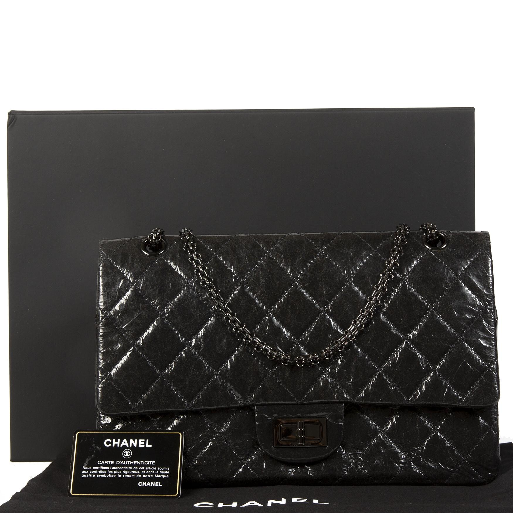 Chanel 2.55 Reissue Glazed Calfskin So Black 277 Bag for sale at Labellov in Antwerp