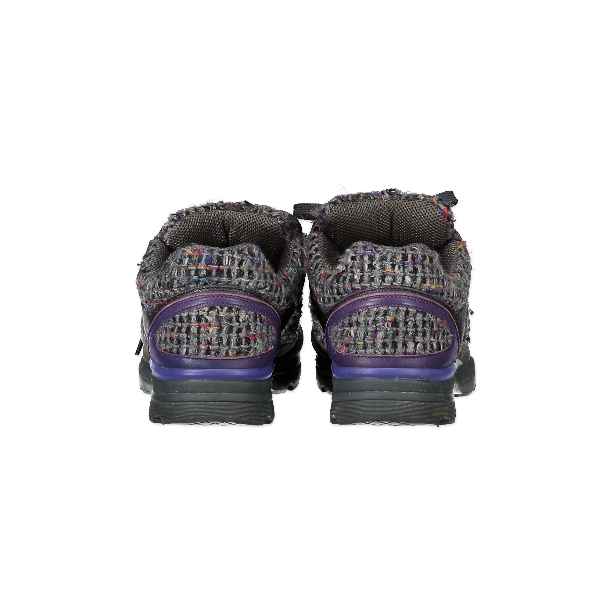 Chanel Grey Purple Tweed Sneakers - Size 41,5 veilig online kopen