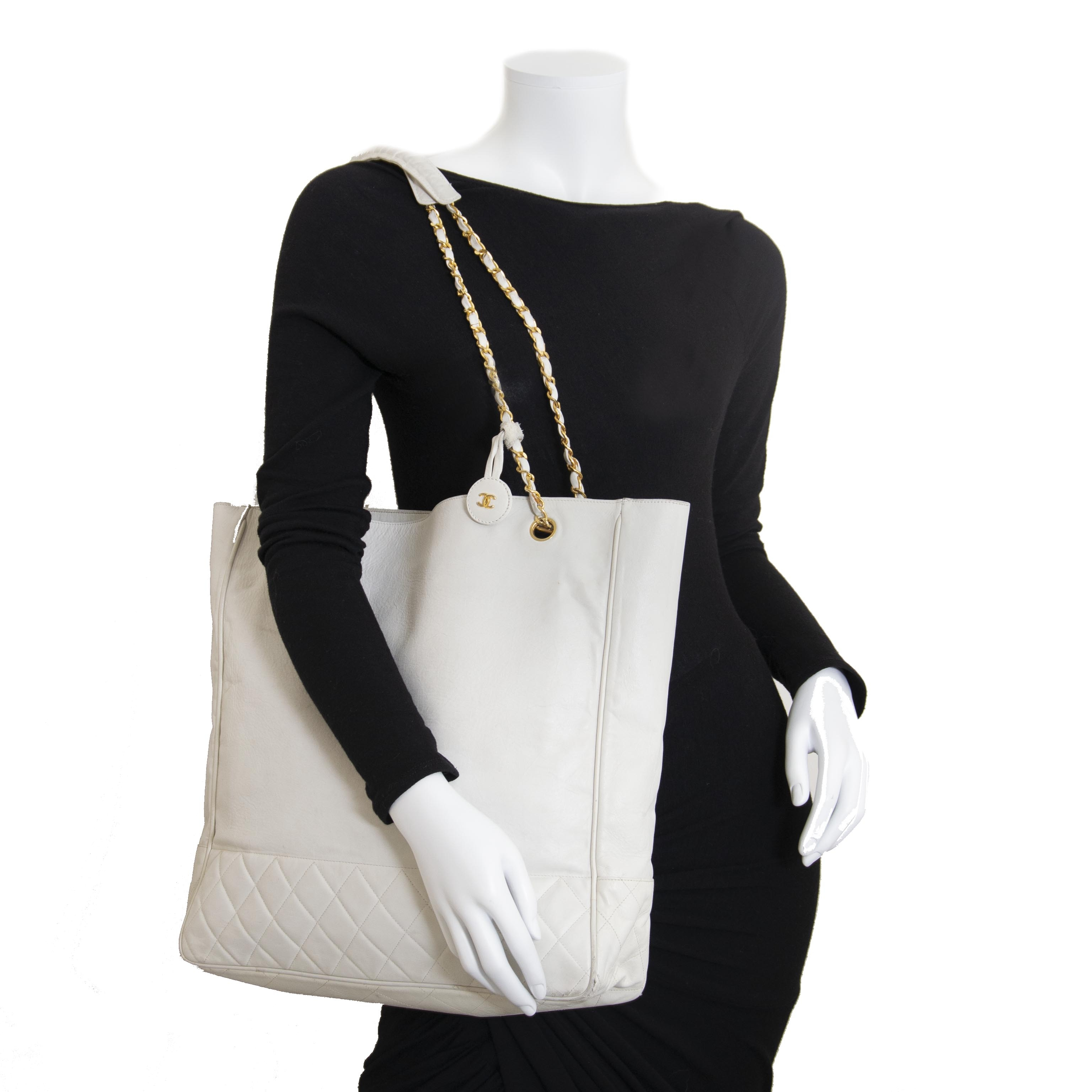 Chanel White Vintage Leather Tote Bag now for sale at labellov vintage fashion webshop belgium