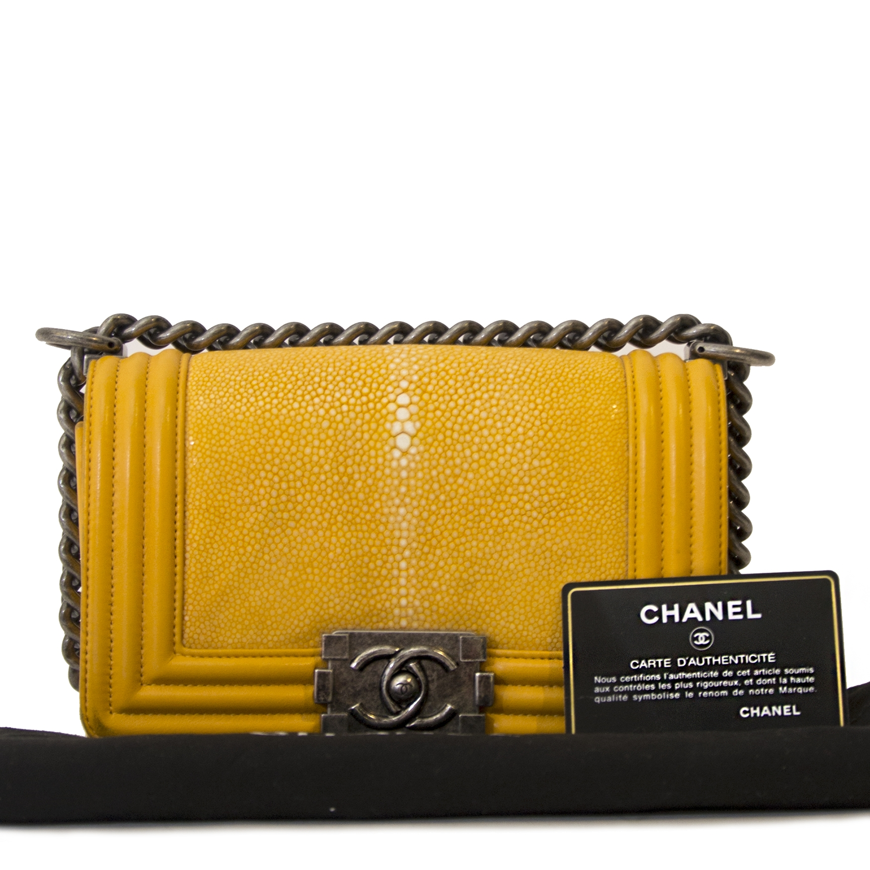 Chanel Small Yellow Galuchat Stingray Lambskin Boy Bag   acheter en ligne seconde main