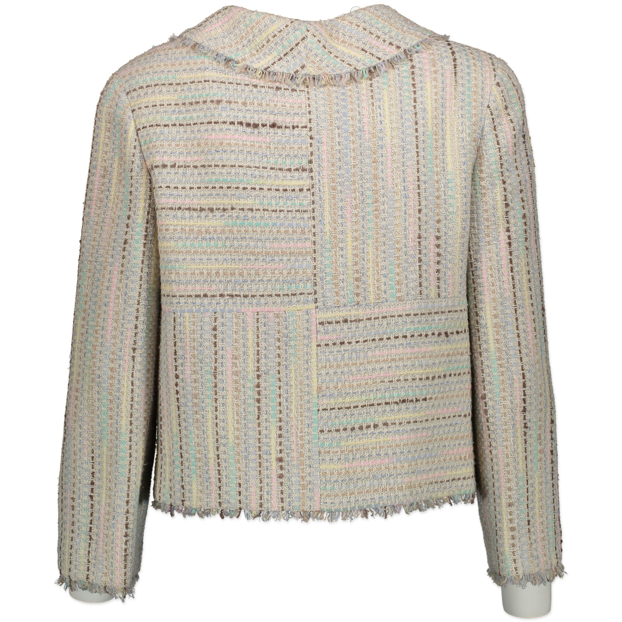Chanel Tweed Pastel Jacket. Buy authentic secondhand at Labellov. Koop authentieke tweedehands Chanel bij Labellov.