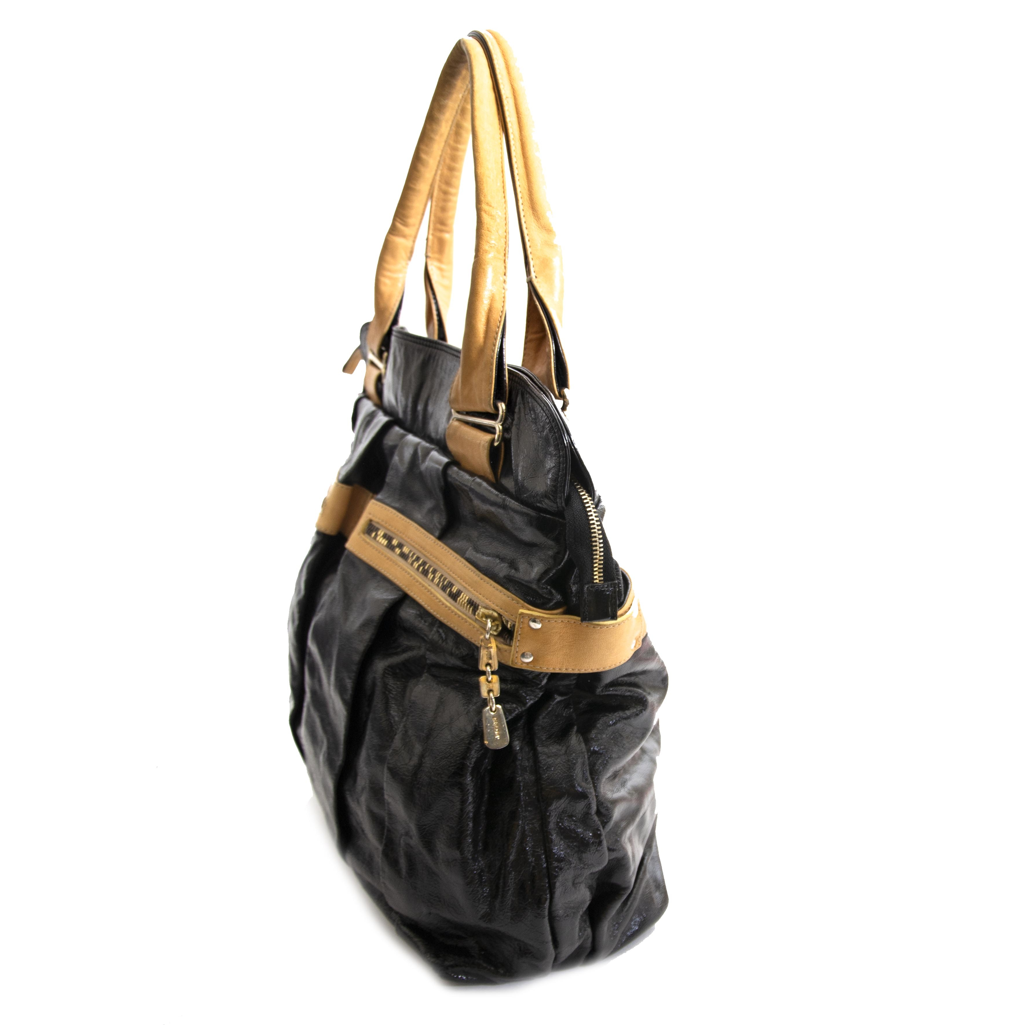 Secondhand See By Chloé black tote bag at Labellov Antwerp. Safe online shopping