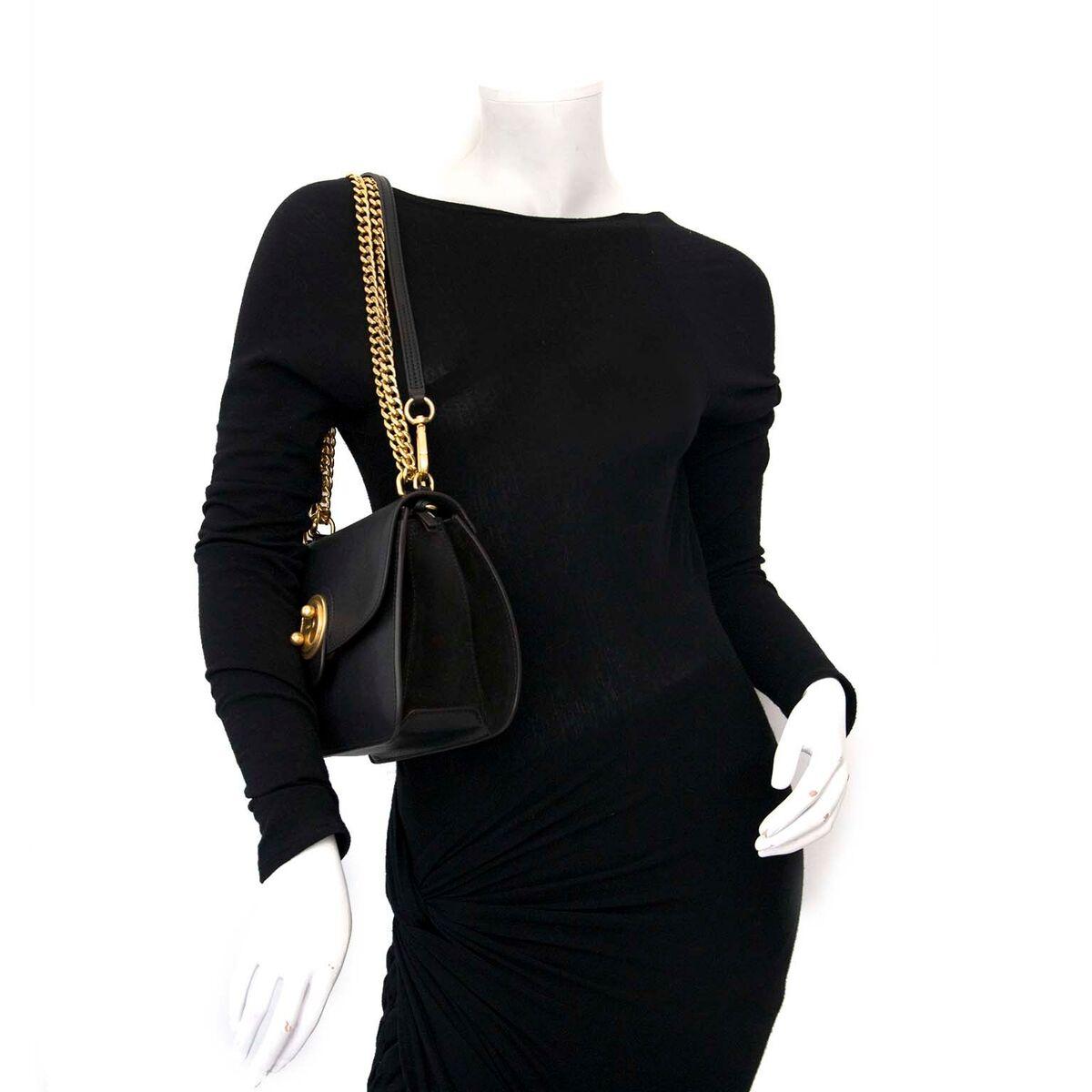 Koop authentieke tweedehands Chloé Milly tassen aan een eerlijke prijs bij LabelLOV. Veilig online shoppen.