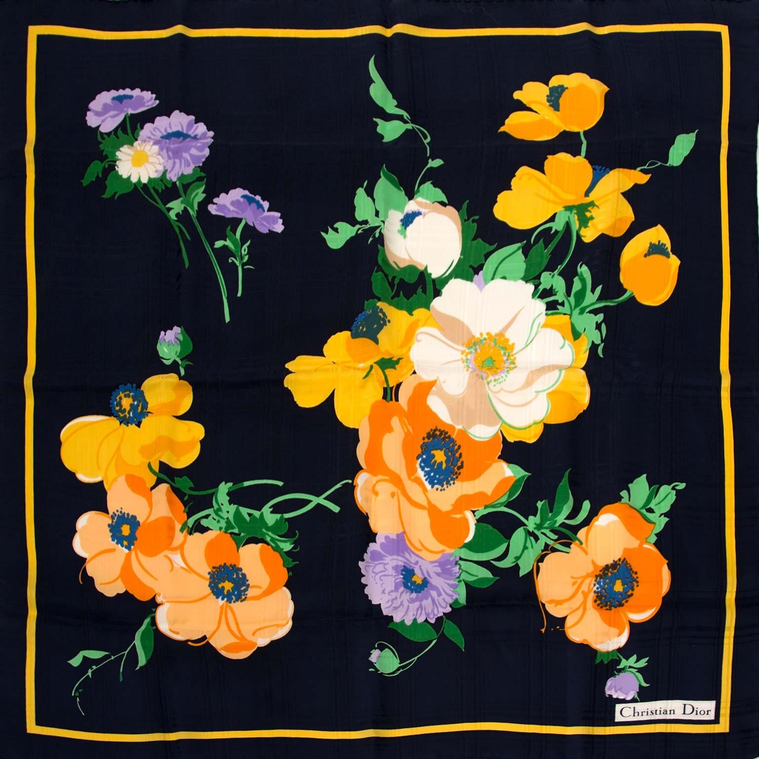 Koop christian dior sjaals nu online bij labellov vintage mode webshop