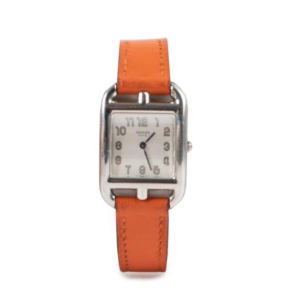 Buy an authentic second hand Hermès Cape Cod PM Orange Watch at Labellov