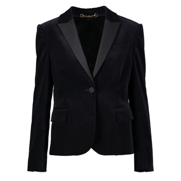 Original Gucci Black Velvet Blazer Jacket in Size 38 BE and 44 IT in very good condition now for sale on Labellov Luxury Vintage site