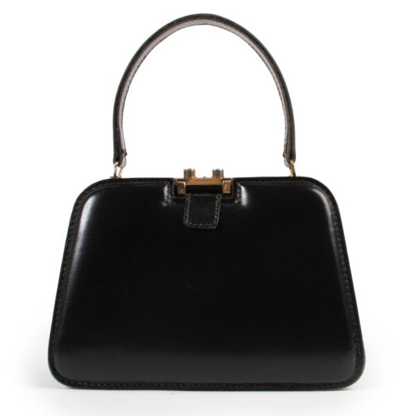 Shop safe online at Labellov in Antwerp this 100% authentic second hand Delvaux Black Top Handle Bag