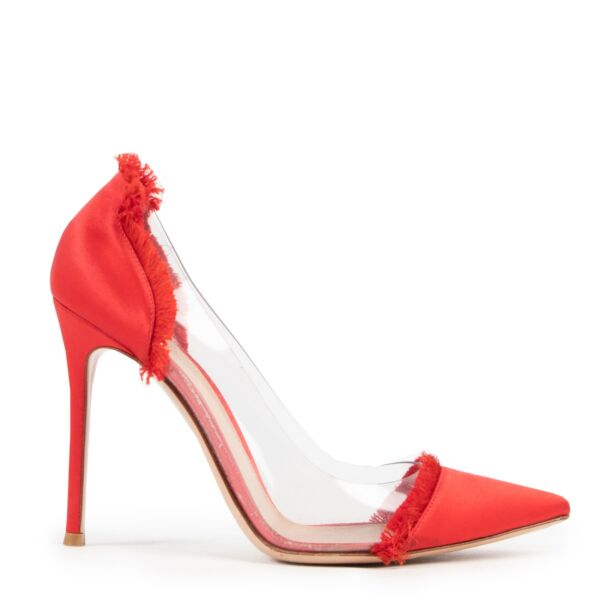 Shop safe online 100% authentic Gianvito Rossi Red Plexi Pumps - Size 40 at the right price at Labellov in Antwerp.