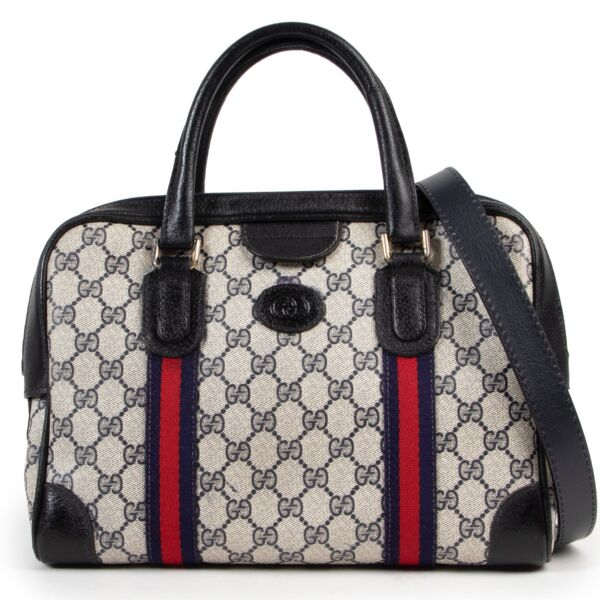 Shop safe online 100% authentic second hand Gucci Blue Monogram Boston Shoulder Bag in good preloved condition at the right price at Labellov in Antwerp.