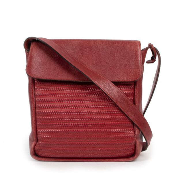 Shop safe online 100% authentic second hand Delvaux Red Toile de Cuir Bosphore Crossbody in very good condition at the right price at Labellov in Antwerp.