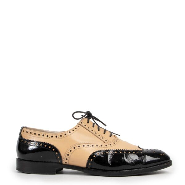 Chanel Brogues Spectator Flats - Size 40