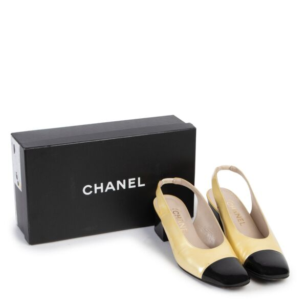 Chanel Yellow and Black Patent Leather Pumps - Size 40