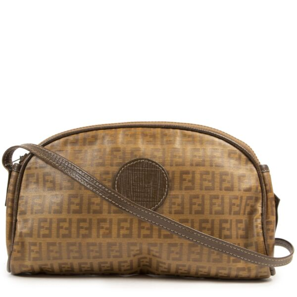 Fendi Vintage Logo Crossbody Bag for the best price at Labellov secondhand