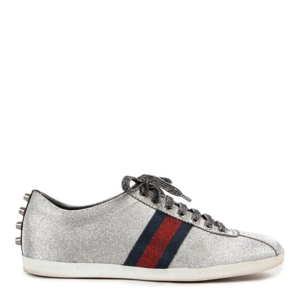 Shop safe online at Labellov in Antwerp these 100% authentic second hand Gucci Glitter Sneakers