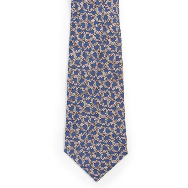 Authentieke Tweedehands Hermès Blue Horseshoe Silk Tie juiste prijs veilig online shoppen luxe merken webshop winkelen Hermès dassen Antwerpen België mode fashion