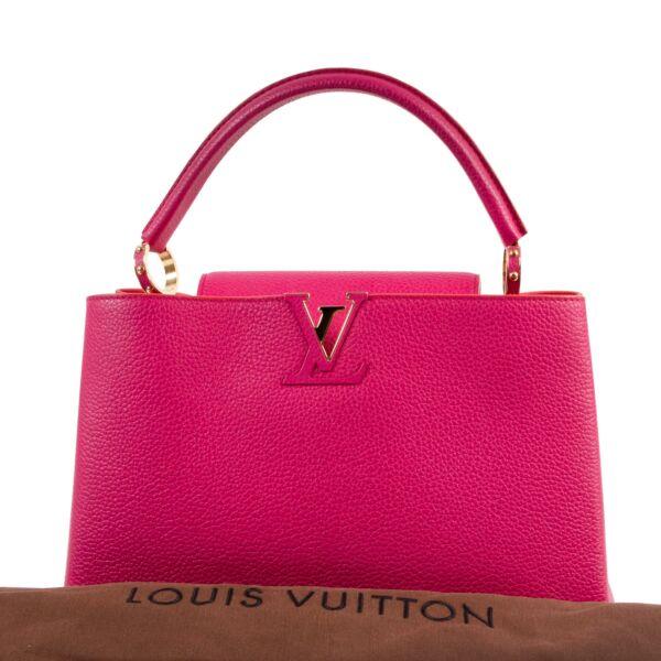 Louis Vuitton Taurillon Capucines MM Hibiscus Pink