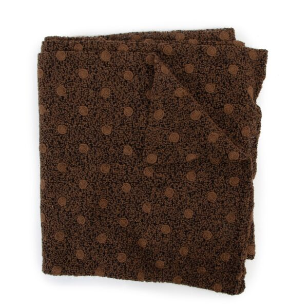 Shop safe online at Labellov in Antwerp this 100% authentic second hand Delvaux Brown Scarf in very good condition at the right price